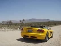 I lejet bil på vej til Grand Canyon fra Las Vegas